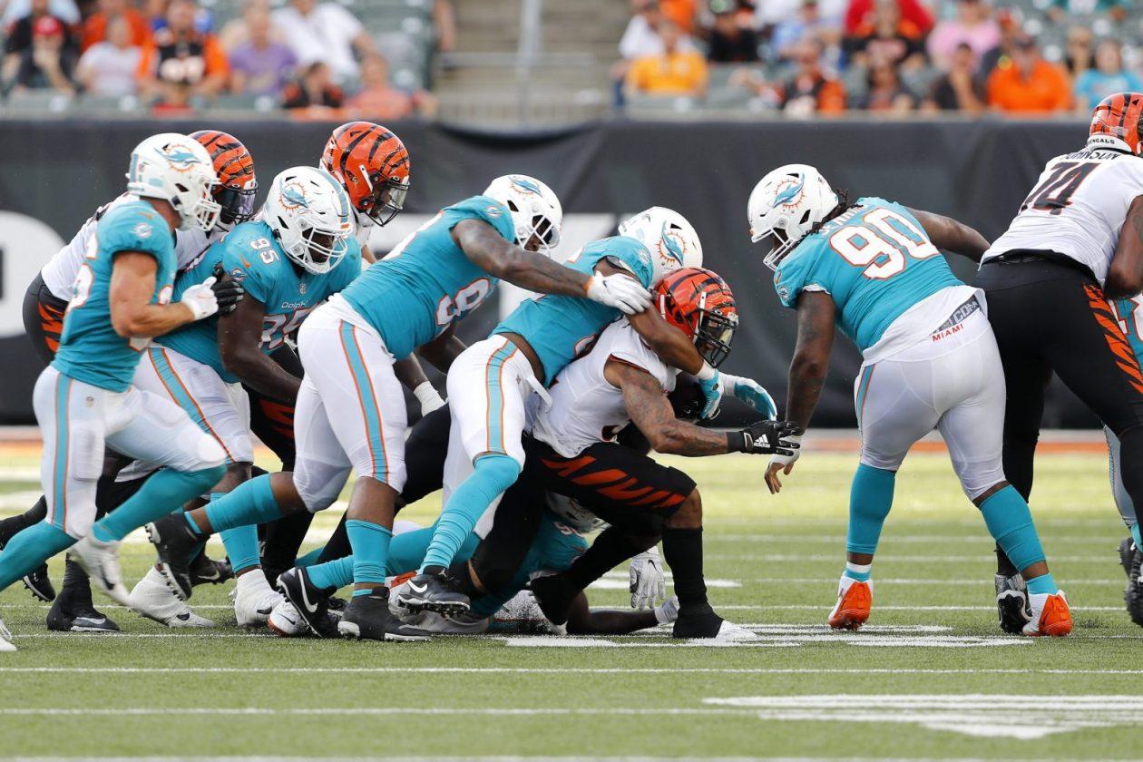 Miami Dolphins defenders